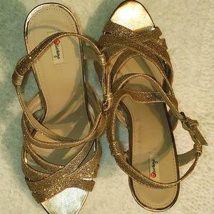 Olsenboye Gold Glitter Platform Heel